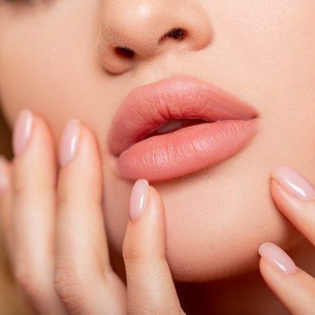 Lips Renewal Aesthetics